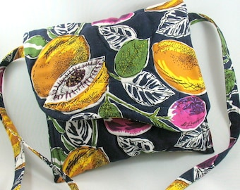 Crossbody purse, Figs and Leaves