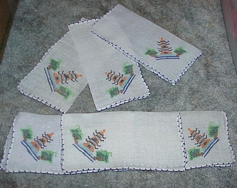 Set Of 6--Vintage--Ladies Handkerchiefs--Hankies--With Cross Stitch Designs--Pagodas