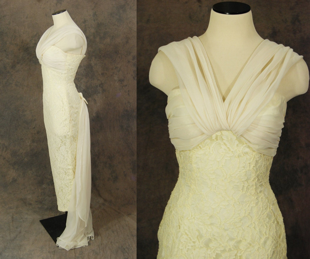 vintage 50s wedding dress cream hourglass bridal 1950s