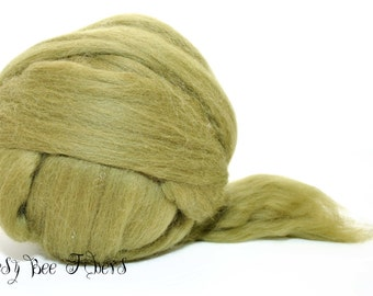 OLIVE- Wool roving, Merino combed top, spinning, felting, roving - 4 oz