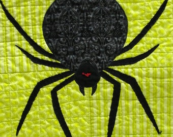 """Halloween spider quilt- wall hanging- large appliqued spider on green with candy corn """"No candy corn for me"""""""