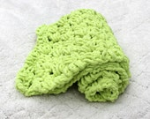 Green crochet baby blanket, Bright green baby afghan, carseat blanket, photo prop, small baby blanket, newborn baby blanket, newborn blanket