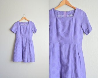 SALE / vintage '60s-style purple POLKA DOT party dress. size m.