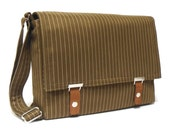 "13"" / 15"" / 17"" Laptop messenger bag - khaki green pinstripe"