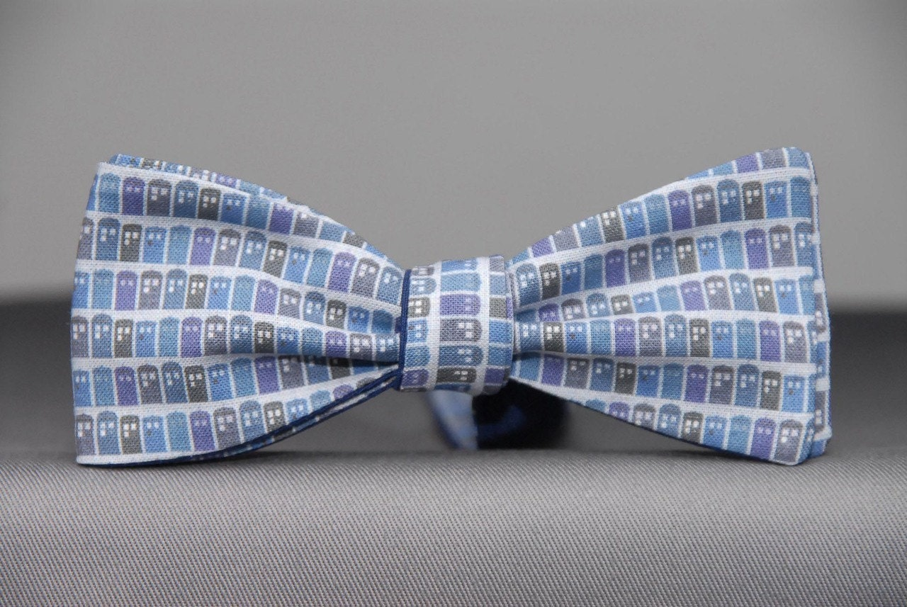 dr who inspired tardis micro bow tie