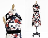vintage 1960s dress / 60s dress / Backless Floral Mod Collar Dress