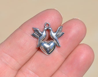 10  Silver  Love Bird Charms SC2059