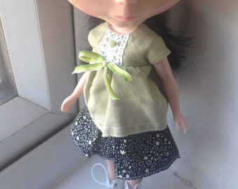 A really beautiful Blouse/Top for Blythe Doll