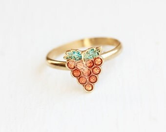Tiny Grape Ring