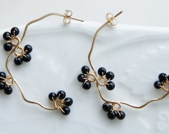 Onyx Brack Berry Earrings, Black Stone Hoop, Nature Inspired Jewelry, Gift for Her, Branch Jewelry