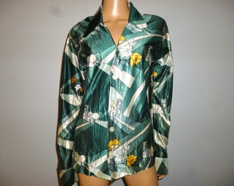 """Vintage 70's - Big Pointed Collar - Mixed Green - Novelty Print Street Scene - Cinched-  Boho - Hippie - Button Front - Blouse - Bust 38"""""""