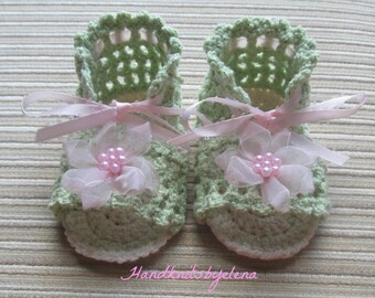 Instant Download Crochet Pattern #107Green Sandals with Flowers 3-6 Months