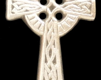 CR-04 Large Celtic Cross