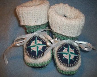 Custom Handmade Knit SEATTLE MARINERS Baby Booties Perfect shower Gift, Christmas Gift Photo Prop