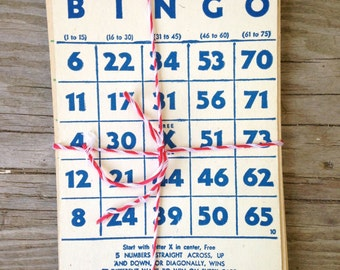 Set of 5 Vintage Bingo cards / red, blue, and green / vintage ephemera / vintage game card