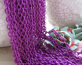1 Foot (31cm) Magenta Cable Chain 2mm by 3mm M32E