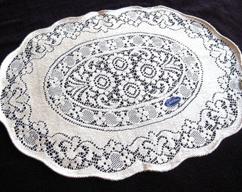 QUAKER Lace Style RUNNER Cotton Classic Cream Bone White Flowers UNUSED Oval New With Label