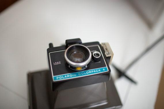 vintage polaroid land camera colorpack ii from hellohunny on etsy studio. Black Bedroom Furniture Sets. Home Design Ideas