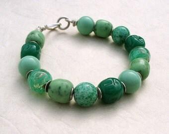 Pastel Green Beaded Bracelet, Turquoise Green Bracelet with Vintage Glass Beads, Pastel Colors, Sterling Silver, Teal, Mint, Celadon