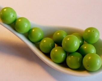 Vintage Lucite beads- Light Green -1960's Japanese -12 mm