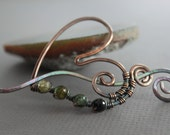Green ombre tourmaline color agates heart shawl pin or scarf pin in copper with a wavy pin stick