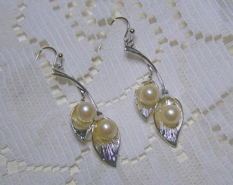 Calla Lily Pearl Earrings - Silver Lilies - Sterling Wedding