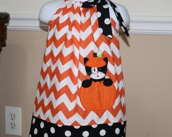 Halloween dress, appliqued pillowcase dress, cat in pumpkin, thanksgiving dress outfit, orange chevron black white polka dots