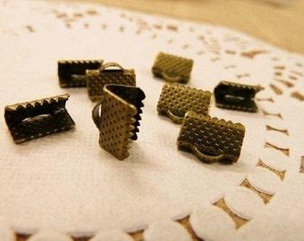 Bronze Ribbon Clasps (EMB-118)