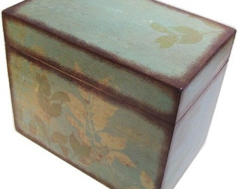 Recipe Box Decoupaged  Large Handcrafted  Natural Leaf, Holds 4x6 Recipe Cards Kitchen  Storage Organization MADE TO ORDER