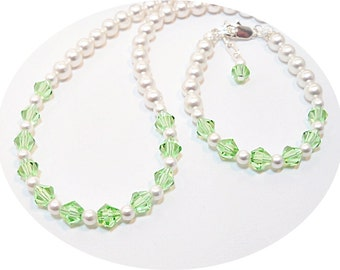 Girls Green Necklace Green Bracelet, Pearl Jewelry, Crystal Jewelry, Flower Girl, Dressy, Peridot, Mint, Toddler Jewelry, Necklace Bracelet