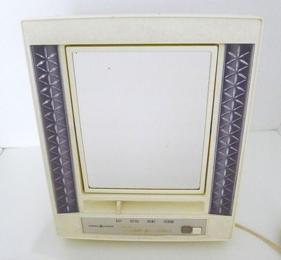 vintage 1950's lighted makeup mirror vanity chrome  Vintage Vanity Mirror With Lights