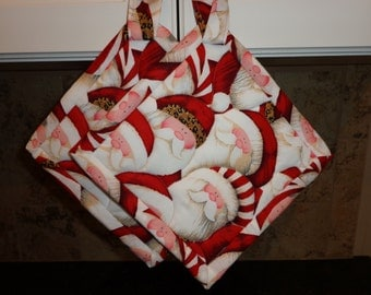 Christmas Santa's Quilted Potholders or Hotpads Set