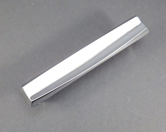 Chrome Mid Century Drawer Pulls Cabinet Hardware Vintage 1960s Drawer Pull Industrial Salvage