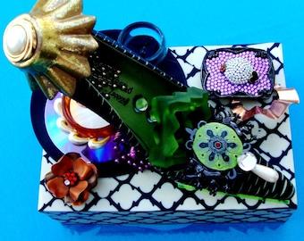 ECLECTIC SHOE Art, Paloma Barcelo Designer Shoe w/Box & Votive, Tabletop Functional Art, For Storage, Vintage Purple Buckle, Copper Flower