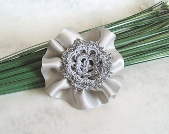 Beaded Flower Hair Clip / Brooch - Grey Silver Flower - Prom Accessory - Tatting Lace Hair Clip - Rosetta