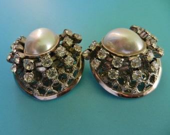 1950 original Large Oval Pearl and Clear Rhinestones clip Earrings -Vintage Italian Wedding Jewelry - art.458/3 -