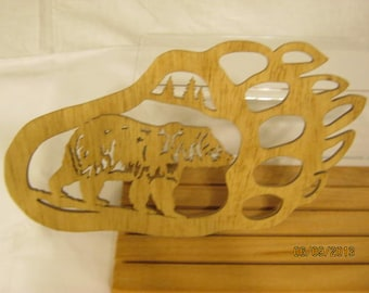 BEAR IN PAW  Scroll Saw Plaque