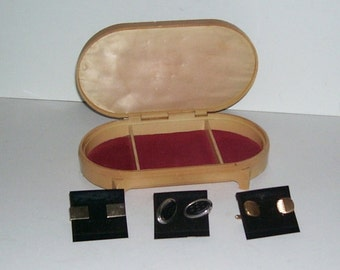 Celluloid Velvet Pin Cushion Lifted Top Footed Jewelry Box with 3 Sets of Unused Men's Cuff Links Still On The Cards,