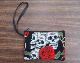 US Handmade Electronic Device Clutch Purse , Pouch , Wristband With Four Skulls Red Roses Pattern Makeup Bag , New
