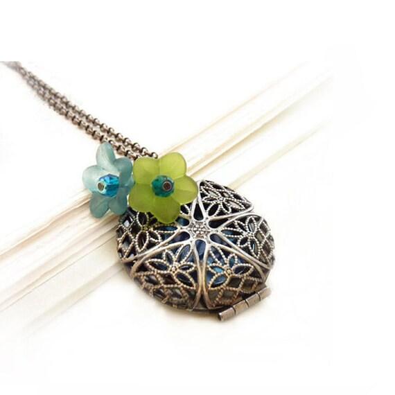 Silver Filigree Locket - Blue & Green Lucite Flowers - Retro Victorian Vintage Style Pendant