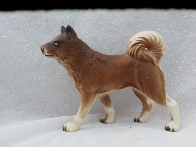 Fake Toy Dogs : Plastic husky toy dog figure vintage hong kong made