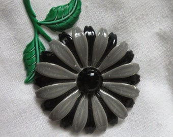 Vintage black & gray enamel flower pin brooch with stem