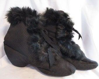 Antique boots, carriage boots, antique, 1800's, fur-lined, rare and beautiful, small treasures of the past