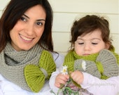 Mommy and Me, Mother and Daughter Gift, Infinity Scarf, Mothers Day Gift, Set of 2, Chunky Cowl, Pistachio Green and  Grey