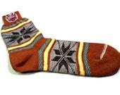 Vintage 1950s Men's Rockabilly SWING Socks Size 9-1/2 Snowflake Pattern Brown, Yellow, Green