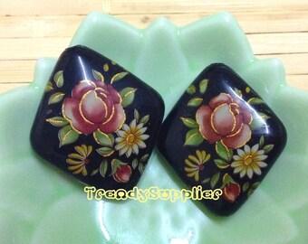 2 pcs, Japanese Red Rose Pattern Black Diamond Tensha Bead