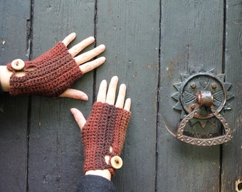 Fingerless gloves - Brown melange crochet mittens with wooden buttons