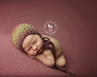 Knit Baby Bonnet, Hat, Fuller Bonnets, Newborn Baby Photo Shoot Prop by Cream of the Prop