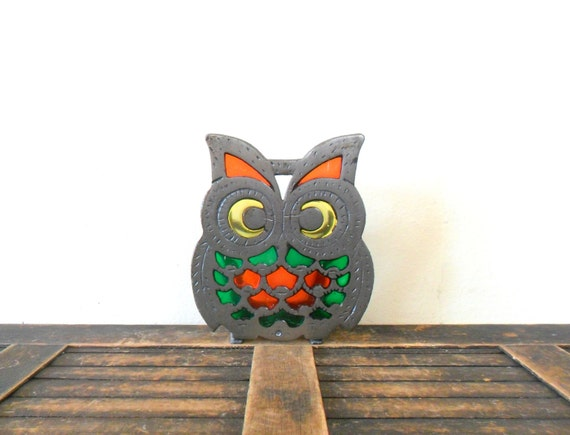 vintage cast iron and stained resin owl napkin holder