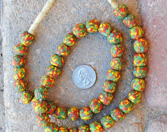 Krobo Beads: Marble Green/Red/Yellow 13mm Round